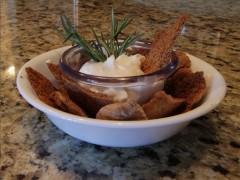 Baked Garlic Dill Pita Chips