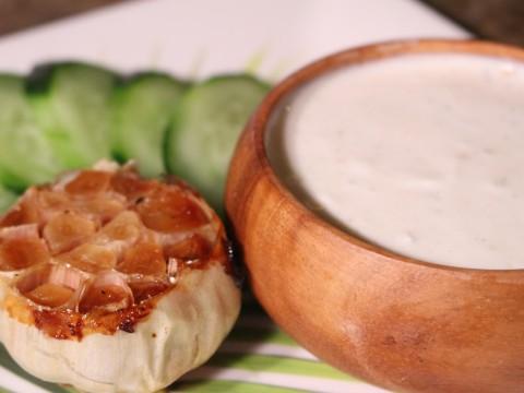 Roasted Garlic Yogurt Dip
